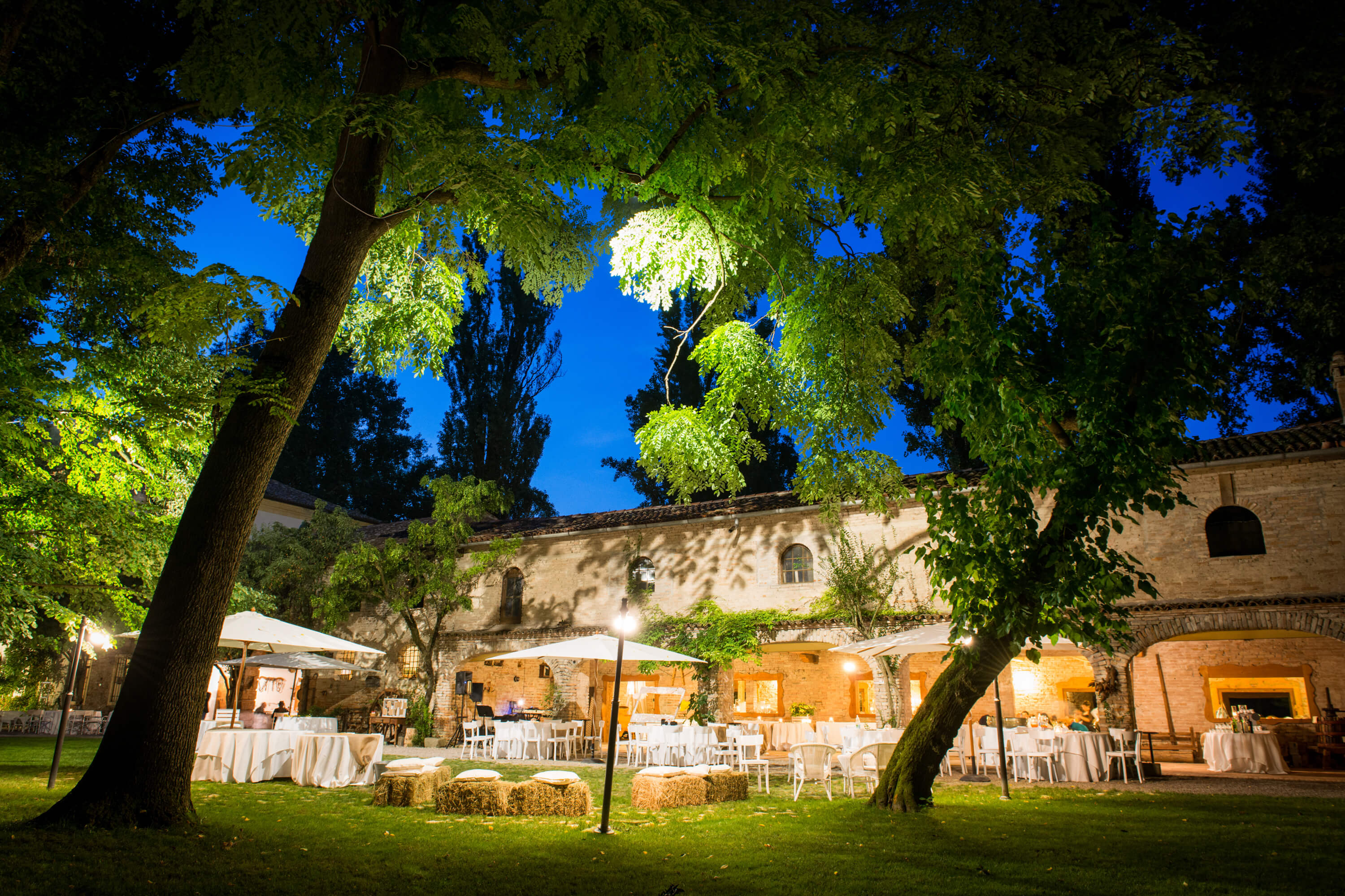 How to choose the right venue for your wedding